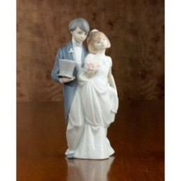 beautiful lladro wedding cake toppers