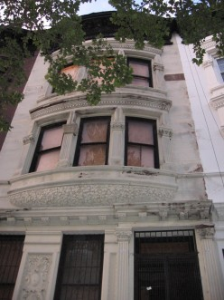 How To Renovate A Townhouse in Brooklyn Vol 1 Edition 1