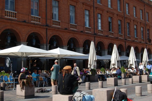 Cafes at the edge of the Place de Capitole