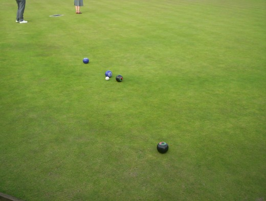 After two bowls have been sent by each player