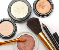 Makeup Tips for Fair and Dark Complexion