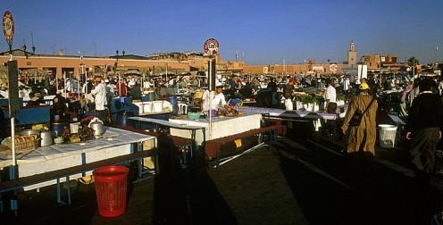 Marrakech - Marocco Place Djamaa el-Fna: Foostand
