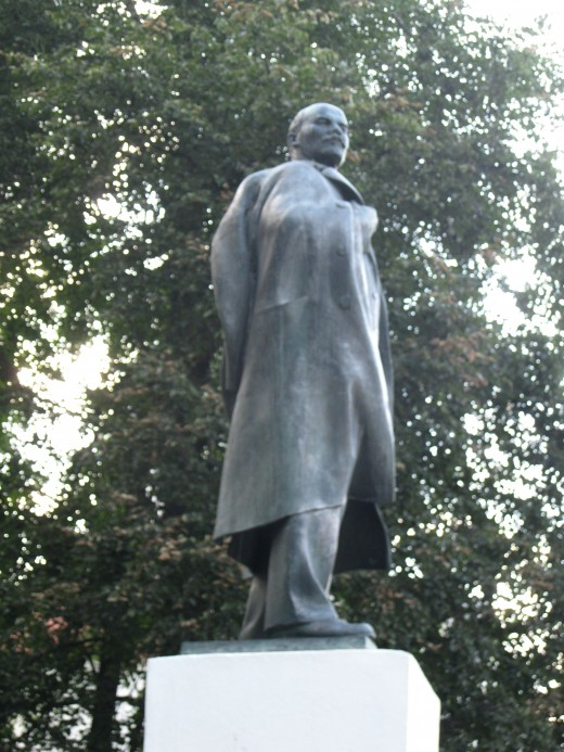 Statute of Vladimir Lenin in park across Volkhov River from Kremlin in Veliky Novgorod, Russia.