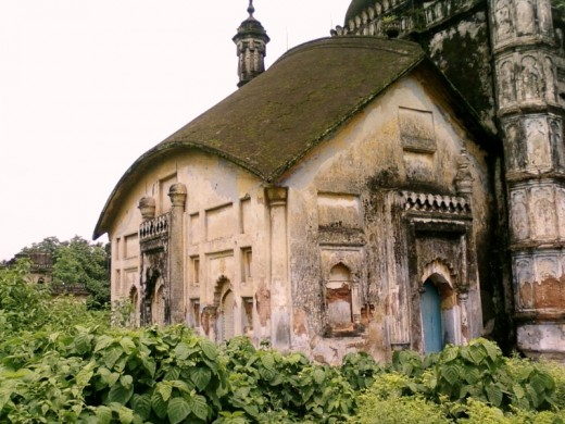 "The  Khwaja Anowar's tomb :  ""Do-Chala"" structures of typical Bengal style"