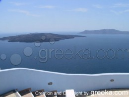 Santorini Photos : A sample of the harmony between the architecture of the island of Sanorini Greece and the landscape.