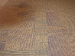 Carpet tiles Ashlar configuration