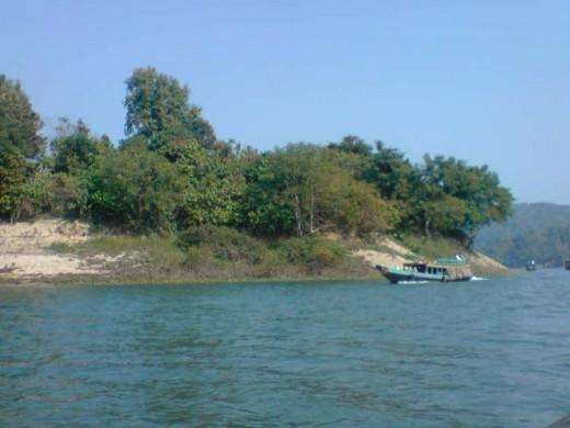 Bangladeshi River