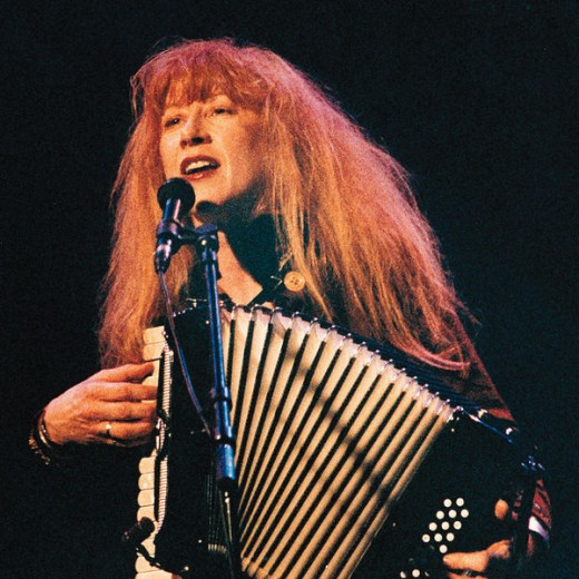Loreena - with her red-gold hair ...