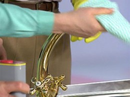 There are simple ways to make your taps shine