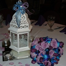 Reception centerpiece and bouquet