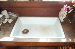 The farmhouse sink is original, and appears to be one of the oldest models available.