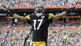 Wallace's emergence as a top wide receiver gave Roethlisberger a constant deep threat