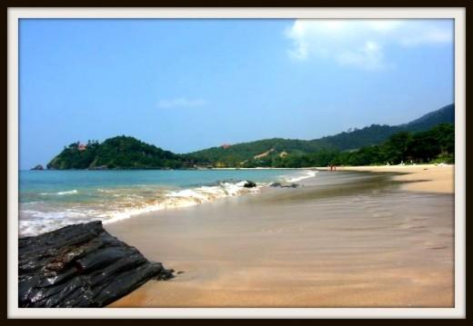 Kan Tiang Beach in Koh Lanta Yai.