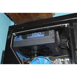 Corsair HX Professional Series 850-Watt 80 Plus Certified Power Supply Compatible with Core i7 and Core i5 - CMPSU-850HX