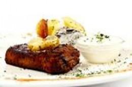 Juicy steak with garlic butter