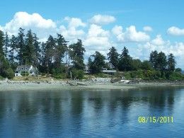 BAINBRIDGE ISLAND, EAST OF SEATTLE