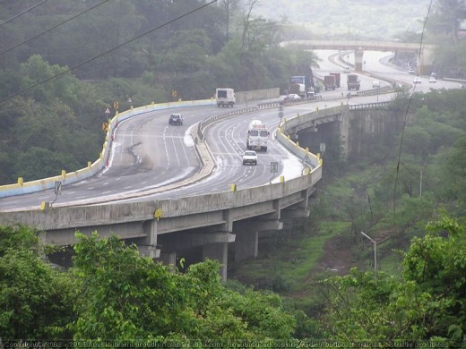 Bypass at Lonavala Khandala: Mumbai Pune Expressway