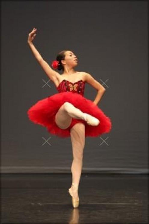 Shaina doing her Pequita variation.