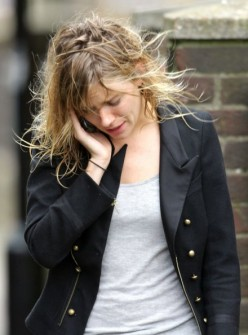 Sienna Miller is a style maven, but her tresses come up looking greasy, limp, and unkempt. Take a shower, girl!
