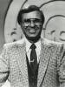 JIM LANGE, host of The Dating Game. Cool, laid-back, always smiling that smile. I loved Jim Lange.