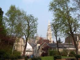 Valenciennes (Nord dept., France), 'Square de la Dodenne', view of Saint-Cordon church