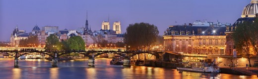 The Pont des Arts at night