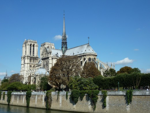 The Notre Dame seen from Quai de Montebello