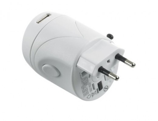 DesignGo Worldwide Adaptor with/USB Charger  http://www.airlineintl.com/product/designgo-worldwide-adaptor-usb-charger