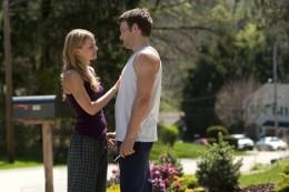 Jennifer Morrison as Tess Conlon and Joel Edgerton as Brendan Conlon