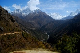 on the trail just above Namche Bazaar