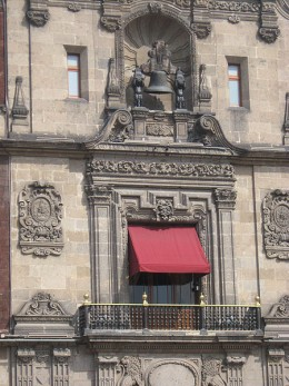 Close up of balcony where the president of Mexico gives the annual Grito de Dolores on Independence day and the bell from the church at Dolores, Guanajuato