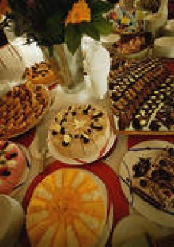 GREAT DESSERTS ARE ONLY PART OF THE GREAT FOODS YOU CAN FIND ON AN ALL-YOU-CAN-EAT-BUFFET.