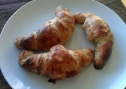 How to Make Croissants--homemade & delicious! (recipe w/pictures)