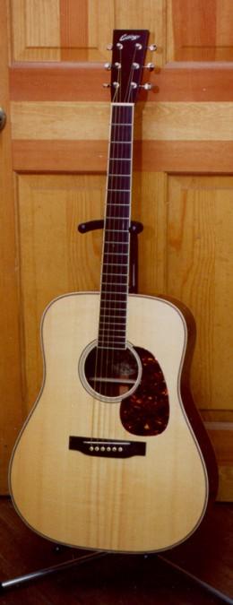 collings guitars of austin texas the flatpicking guitarist. Black Bedroom Furniture Sets. Home Design Ideas