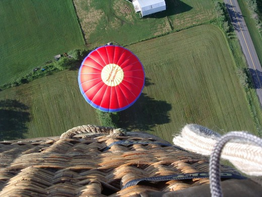 This is what a balloon overtake looks like - unreal, isn't it?