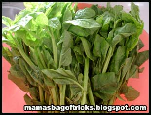 The picture on top shows the ceylon spinach I bought from the store.