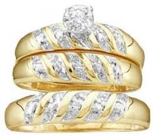 10k yellow gold & diamond wedding ring set