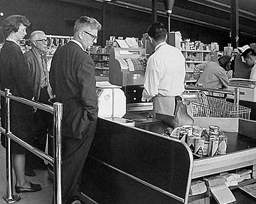 A typical supermarket in America in the fifties. All supermarkets stocked the latest, most-popular cereals that were advertised on television.