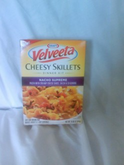 Review of Velveeta Cheesy Skillets Nacho Supreme