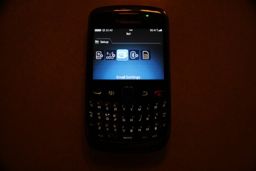 Email option under Setup on Blackberry OS 5.x/6.x