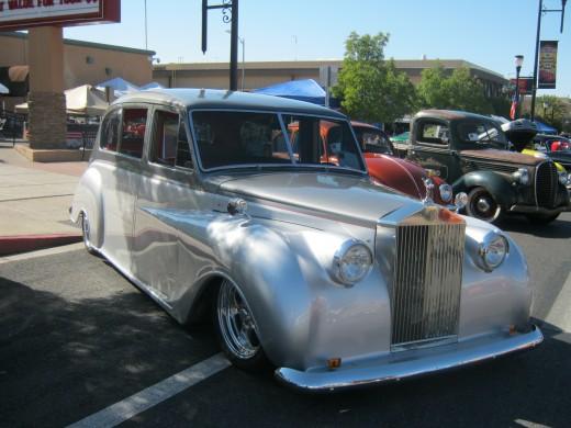 A Rolls Royce.. very classy.