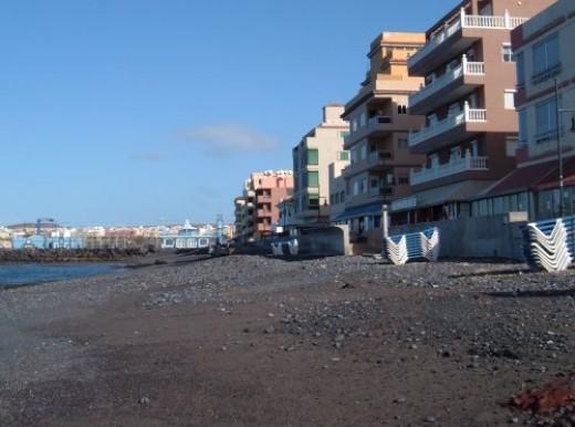La Galletas beach. Photo by Steve Andrews