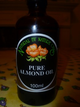 Pure Almond oil. One of the most used to make eyes creams and serum