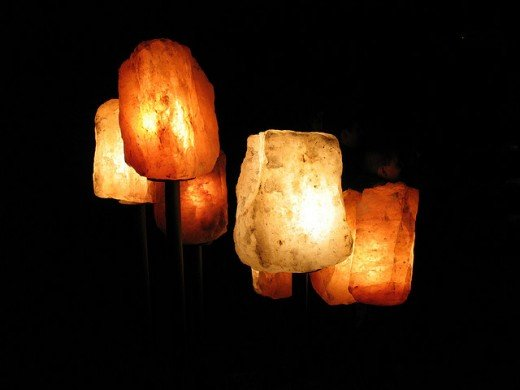 Benefits of Salt Rock Crystal Lamps ~ Great Gift Idea for any Occasion