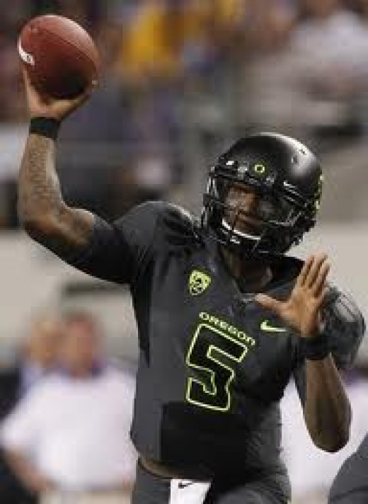 QB Darron Thomas (Oregon)