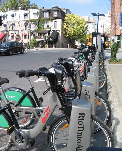 These bikes can be rented and dropped off at sites throughout the city.
