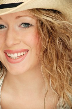 Side Effects of Bulimia Nervosa - Your Teeth and Gums