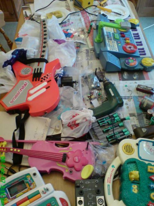 cheap plastic toys
