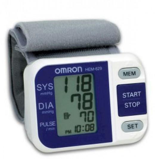 Omron HEM-629 BP Monitor
