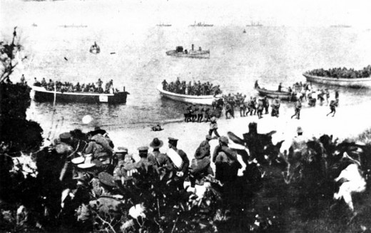 Coalition forces landing at Suvla Bay, Turkey